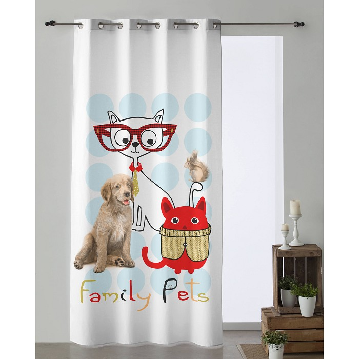 Cortina Family Pets De Colores