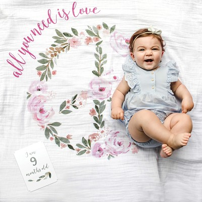 Muselina Baby First Year All You Need Is Love Lulujo en Donurmy